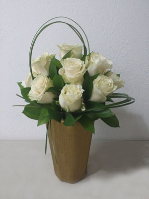 White Rose Flower Designs delivery Puerto Rico
