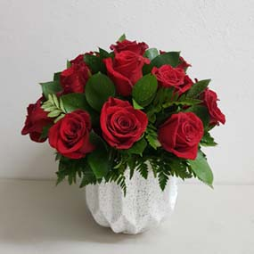 Red Roses for Delivery in Puerto Rico